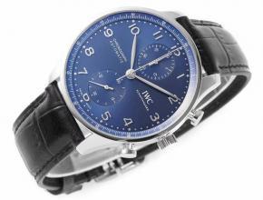 复刻表戴万国手表的男人特点