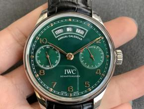 ZF厂万国复刻手表葡萄牙系列万年历日期星期月份绿盘动显金针