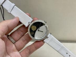 梵克雅宝顶级精仿手表日月星辰系列满钻女士石英腕表