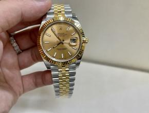 劳力士顶级复刻手表日志款男士间黄金机械钢带金盘腕表