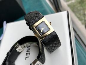 顶级复刻手表香奈儿女款黑盘黑带柔美优雅腕表