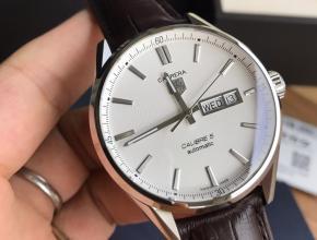 顶级复刻手表泰格豪雅男款白盘黑带卡莱拉系列皮带腕表