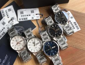 顶级复刻手表泰格豪雅男款白盘钢带卡莱拉系列双日历款腕表