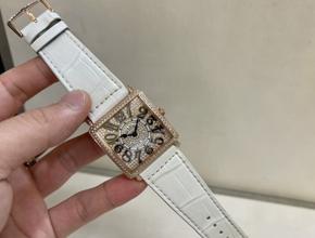 顶级复刻手表法穆兰女款真金真钻皮带 腕表