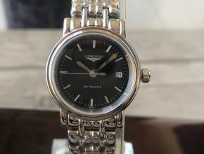 顶级复刻手表浪琴女款黑盘钢带时尚系列机械腕表