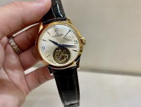顶级复刻手表积家 女款 陀飞轮真金真钻皮带腕表