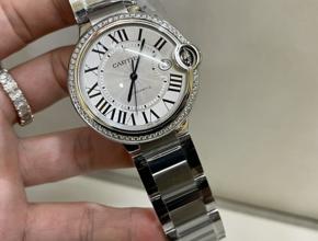 顶级复刻手表卡地亚 蓝气球男款真金真钻钢带腕表