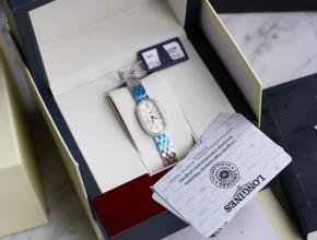 顶级复刻手表浪琴女款白盘钢带圆舞曲系列腕表