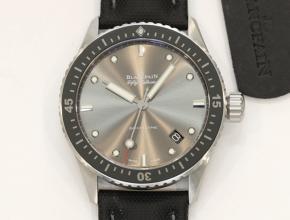顶级复刻手表宝珀男款灰盘尼龙带五十寻系列腕表
