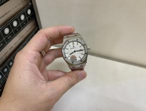 爱彼高仿手表女款白盘钢带真金真钻机械手表