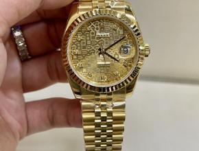 劳力士高仿手表女款金盘金带日志型系列手表