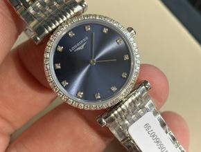 顶级复刻手表浪琴女款蓝盘钢带嘉岚系列石英手表