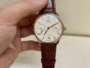顶级复刻手表万国男款白盘棕带葡7系列天然真钻自动机械皮带手表