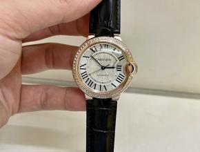 顶级复刻手表卡地亚男款白盘黑带18K玫瑰金南非真钻皮带机械手表
