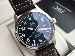 顶级原单手表万国男款蓝盘棕带飞行员马克十八系列自动机械皮带手表
