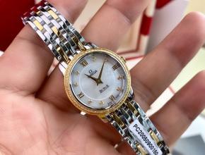 顶级原单手表欧米茄女款白盘间金带真金真钻石英蝶飞典雅系列石英手表