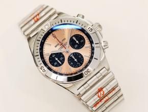 顶级复刻手表百年灵男款金盘钢带腕表