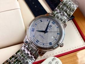 欧米茄海马300怎么鉴定真假,欧米茄怎么看手表型号在哪里看