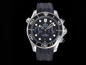 OM复刻手表欧米茄全新海马300米男装黑盘黑橡胶带计时手表