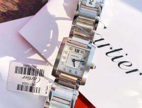 原单手表卡地亚女款白盘钢带石英坦克系列钢带手表