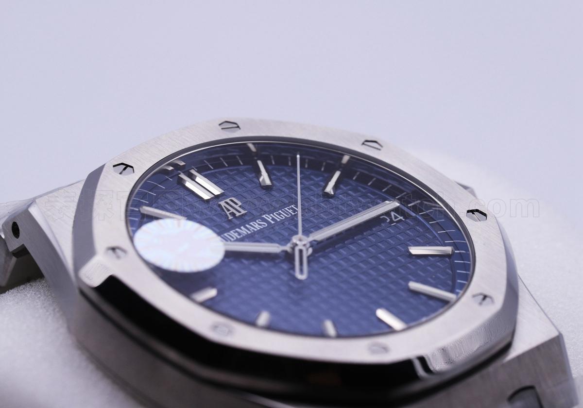 爱彼皇家橡树15500复刻评测——15400新一代硬汉阳刚气质手表