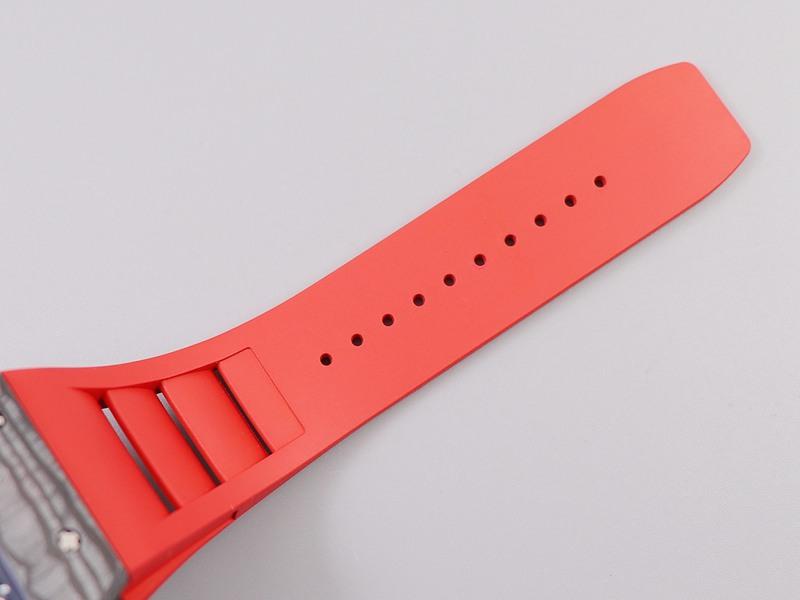 理查德米勒复刻RM035-2碳纤维轻盈高品质手表