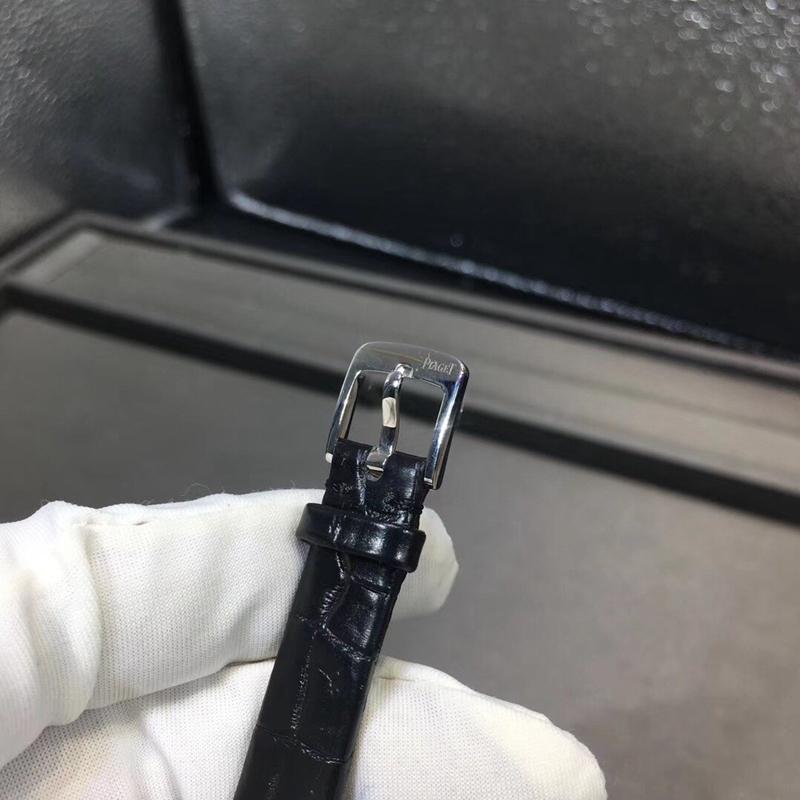 伯爵系列外圈可旋转18k金镶钻石英机芯29mm