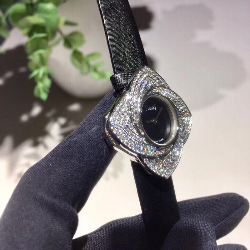 伯爵女装腕表花瓣可旋转18K金镶钻瑞士石英机芯