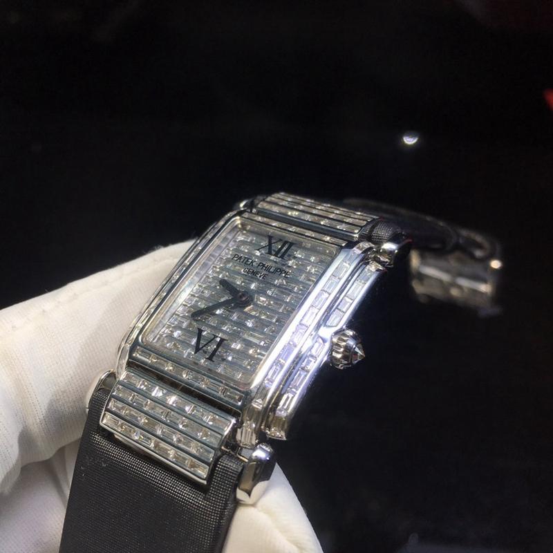 百达翡丽女士方形手表满钻