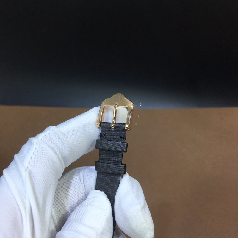 梵克雅宝四叶草30mm 黑玛瑙表盘