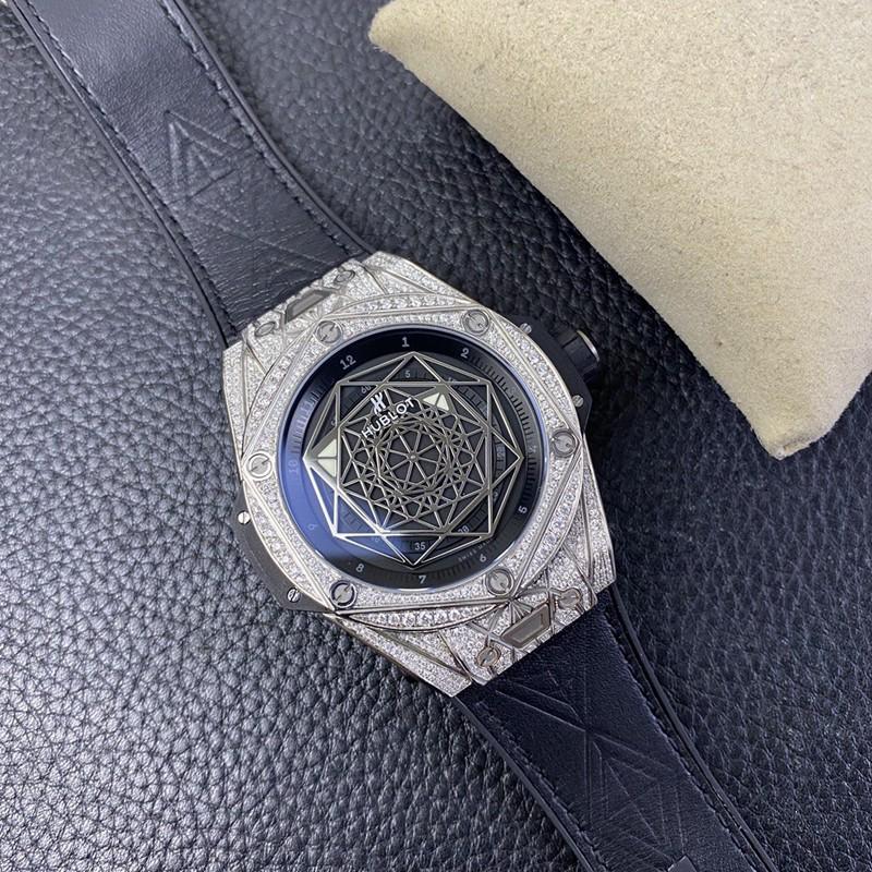 宇舶一比一恒宝刺青个性满钻手表