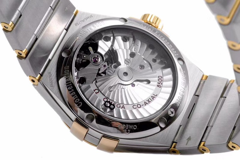 欧米茄一比一vs星座气质款气质蓝盘8500机械手表