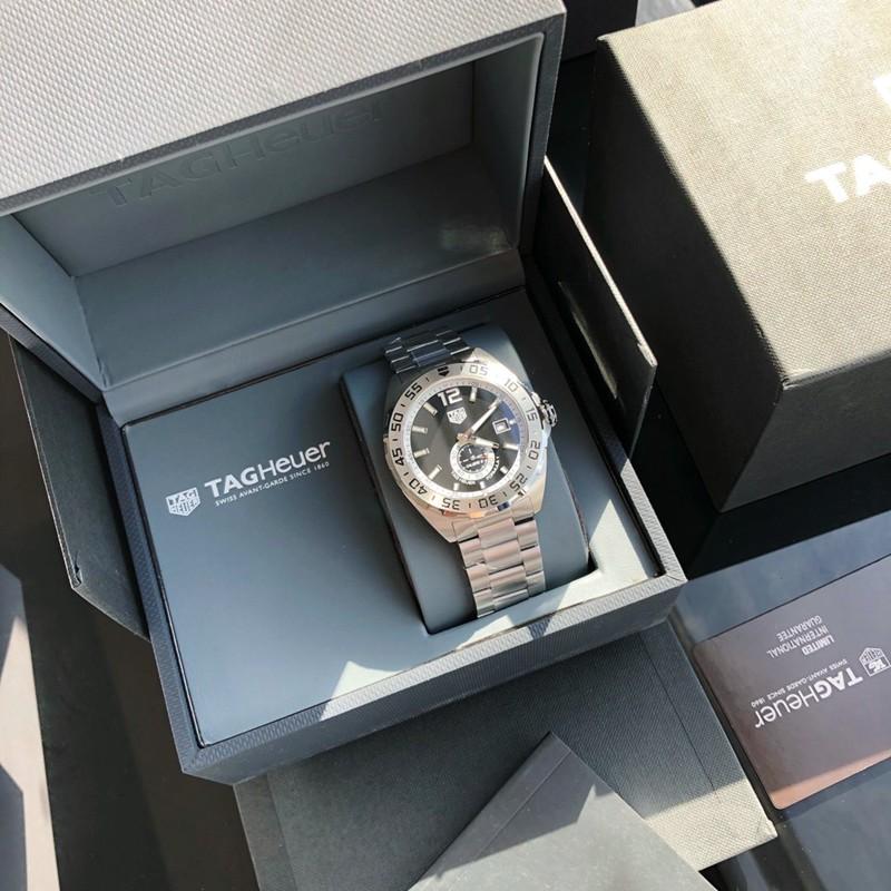 高仿手表泰格豪雅新款F1系列43mm瑞士sw360-1机械黑盘