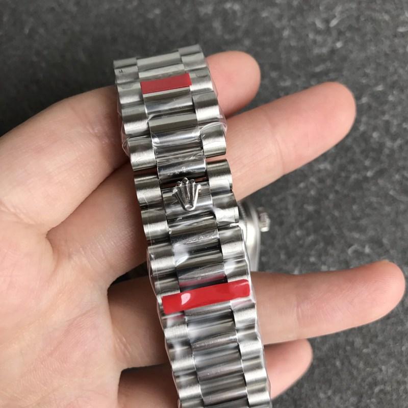 复刻劳力士手表日志36毫米孔雀石绿色表盘男士机械
