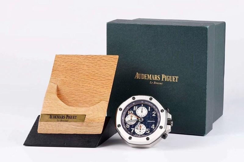 爱彼座钟复刻皇家橡树离岸型26470桌钟摆件闹钟