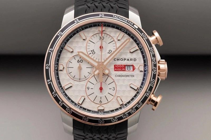 高仿手表萧邦V7厂精品赛车系列黑盘男士机械腕表