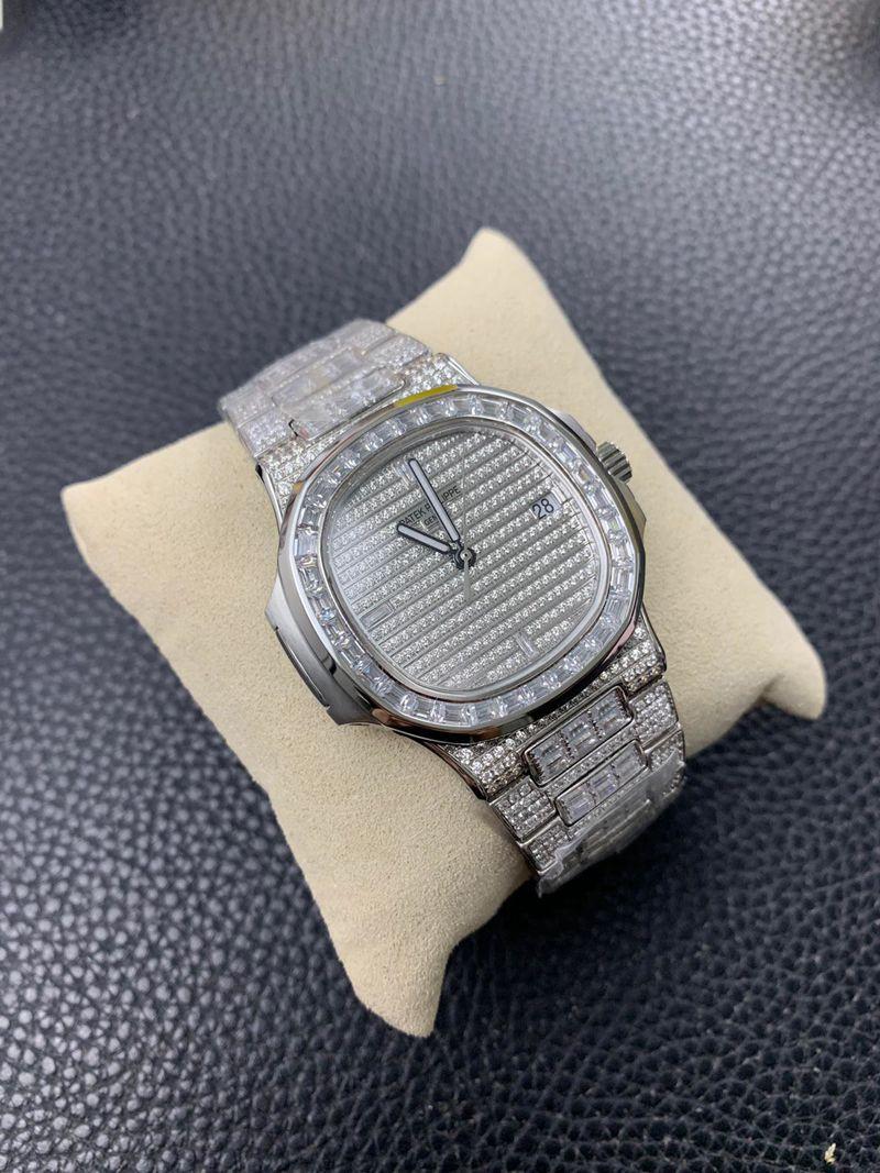 百达翡丽复刻手表满天星方钻鹦鹉螺5719/1G-001