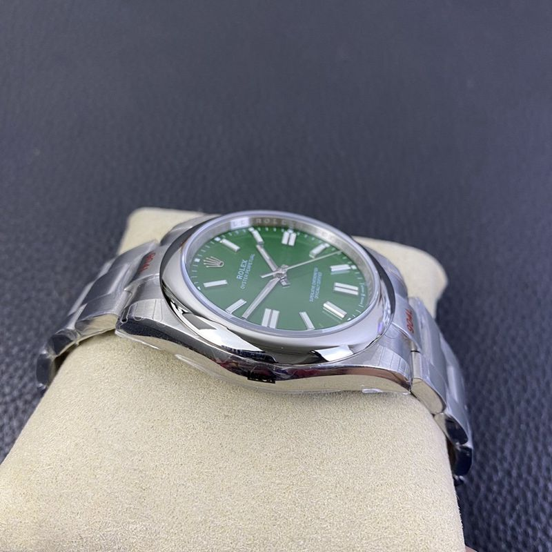 劳力士新款 蚝式恒动型绿盘复刻手表