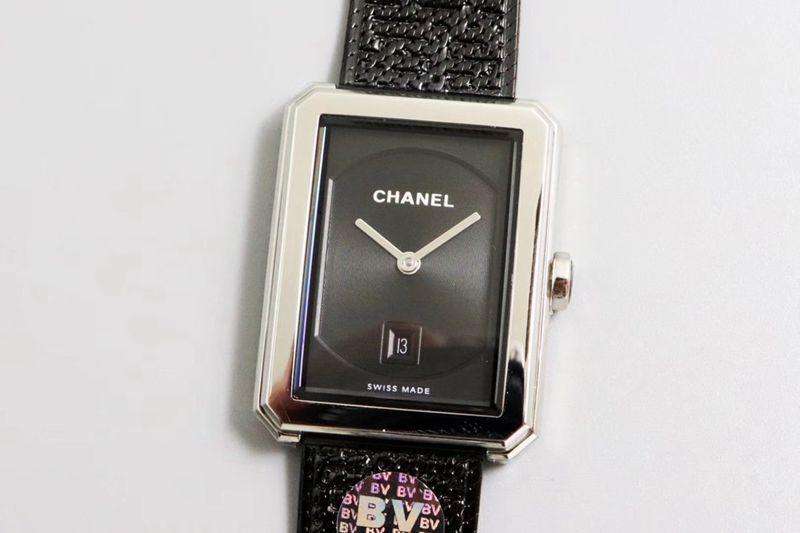 香奈儿精仿手表第一款充满女性韵味的PREMIÈRE腕表
