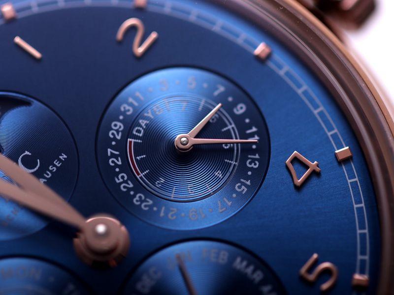 万国高仿手表葡萄牙系列真万年历复杂功能腕表