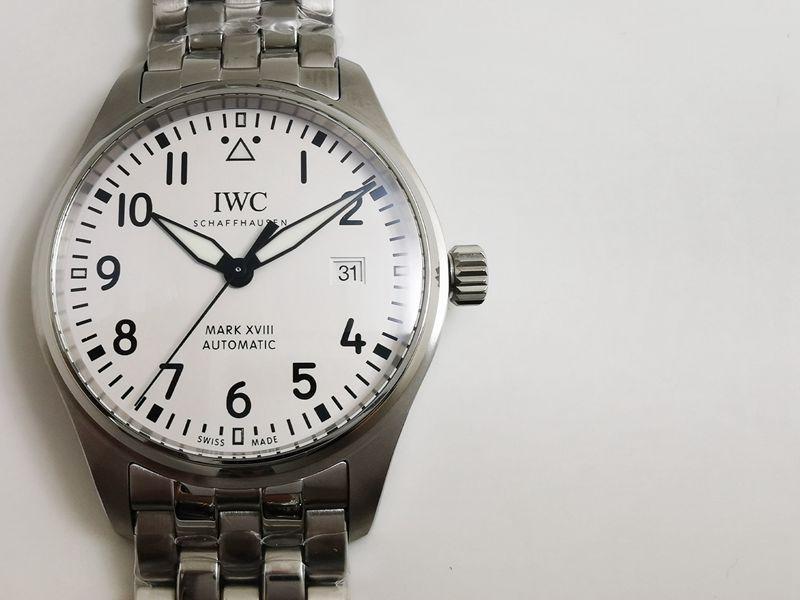 名表复刻万国手表属于什么档次