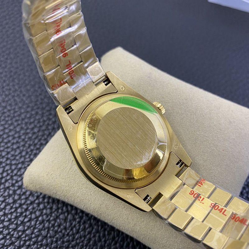 劳力士精仿手表星期日历型绿松石盘面腕表