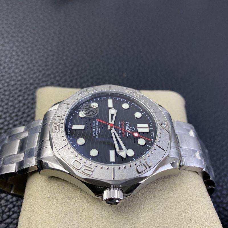 欧米茄精仿手表海马游艇300米系列致敬蔚蓝之作潜水腕表