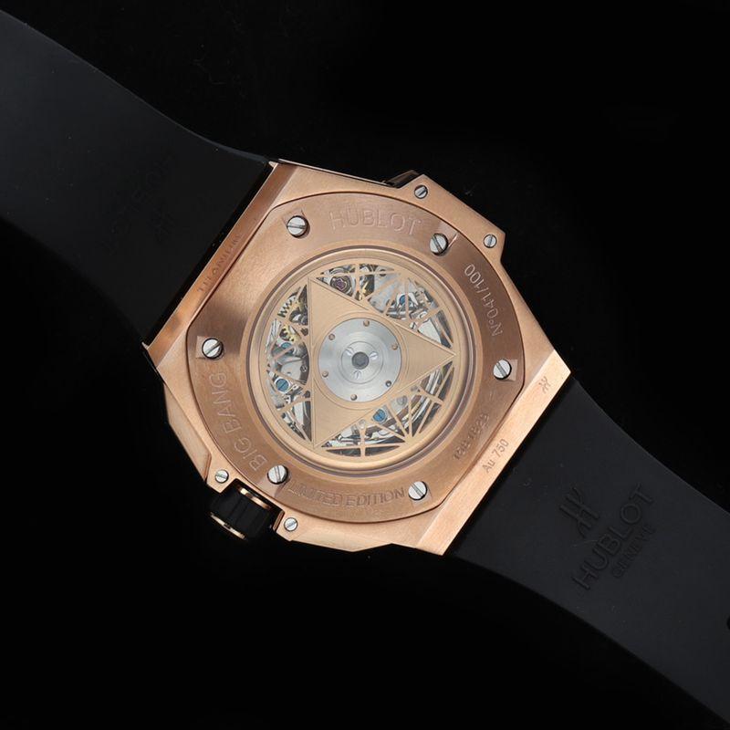 Hublot宇舶精仿手表全新BigBangSangBleuII刺青男士机械腕表